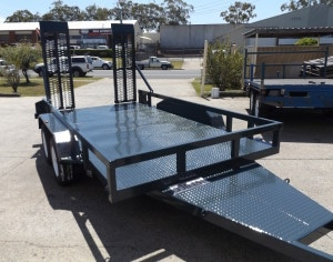 Machinery trailer manufacture